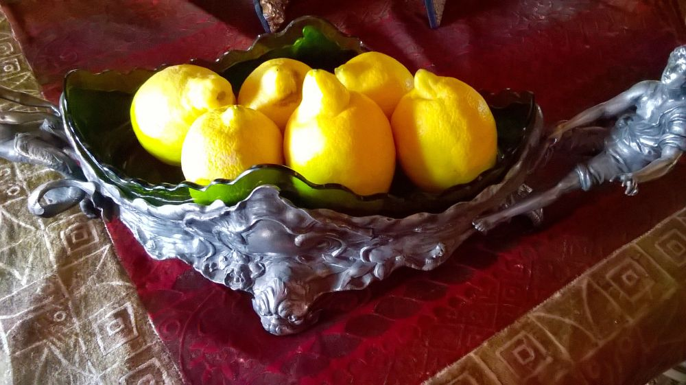 Very yellow fruit